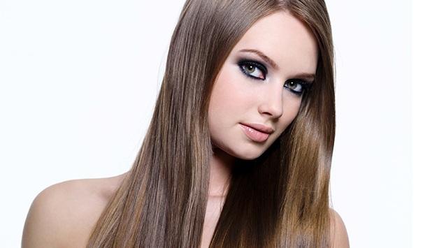 Alguns cortes de cabelo podem deixar os fios mais lisos?