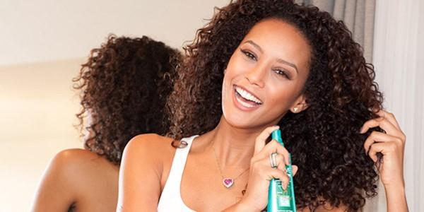 Como cuidar e hidratar cabelos afros e crespos dicas 4