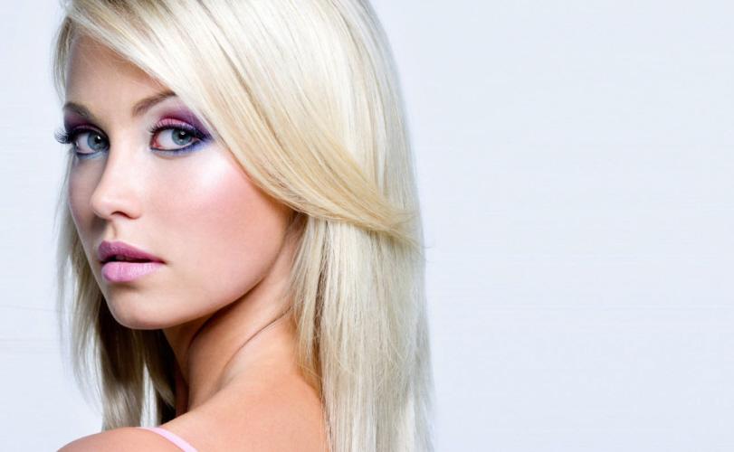 Violeta Genciana como usar nos cabelos loiros 3 formas 1