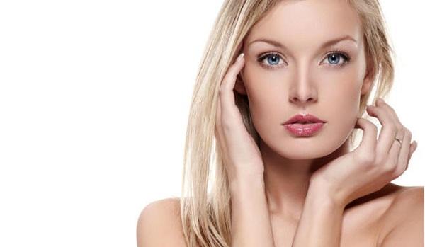 violeta-genciana-como-usar-nos-cabelos-loiros-dicas