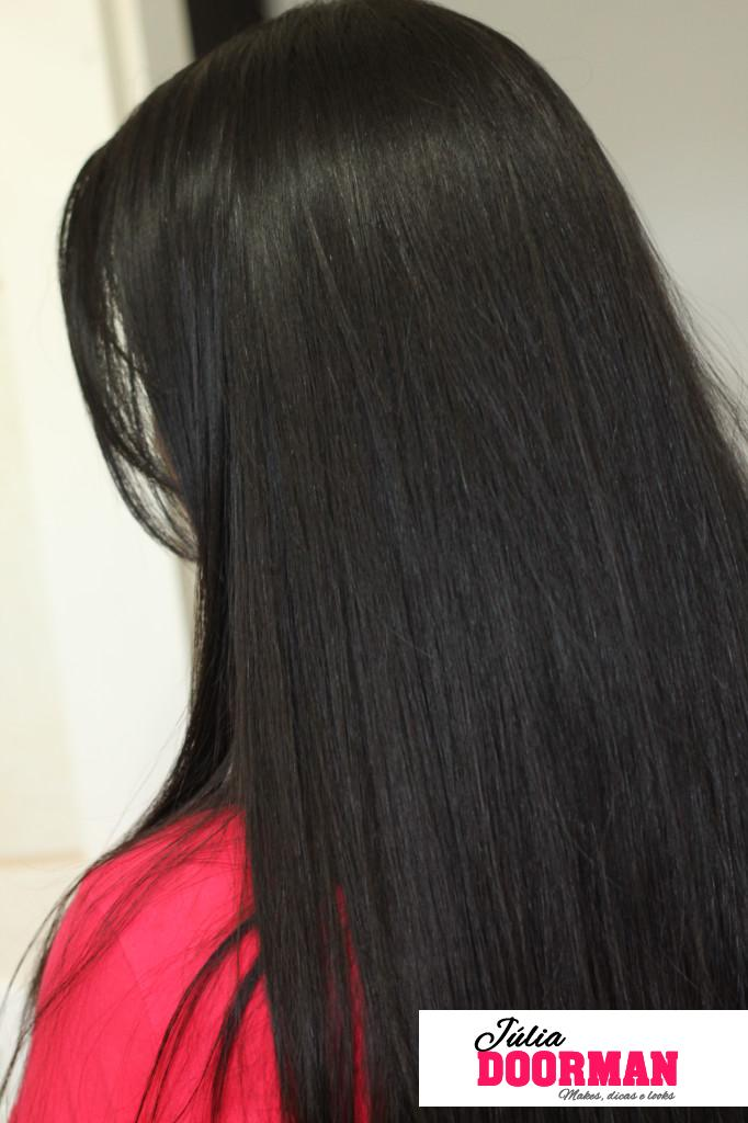 como-deixar-o-cabelo-hidratado-com-brilho-usando-oleo-de-coco-2