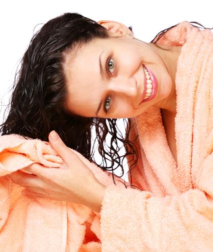 Como hidratar os cabelos em casa sozinha como lavar