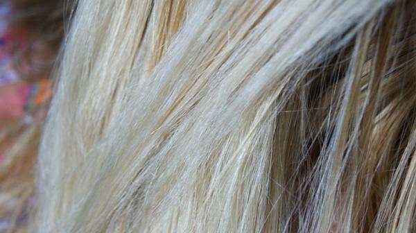 dicas Como recuperar um cabelo emborrachado e elástico