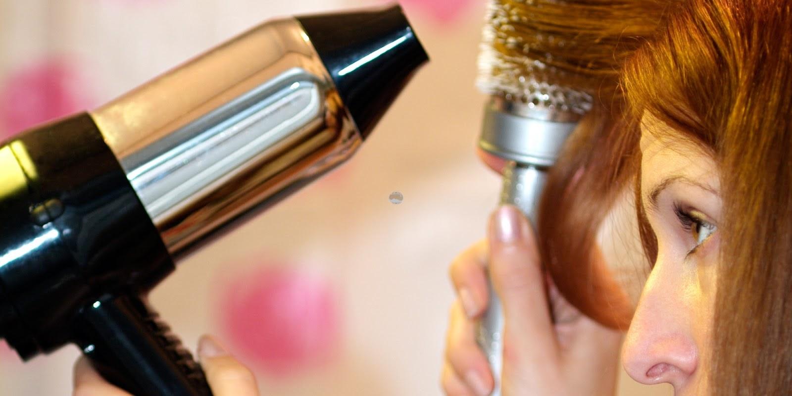 Secar o cabelo muito próximo dos fios