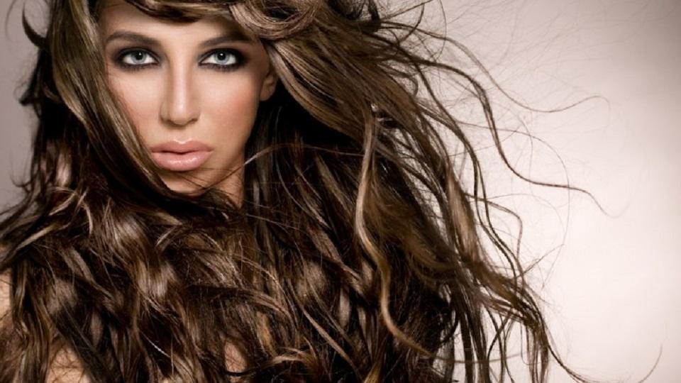 como-dar-volume-aos-cabelos-finos