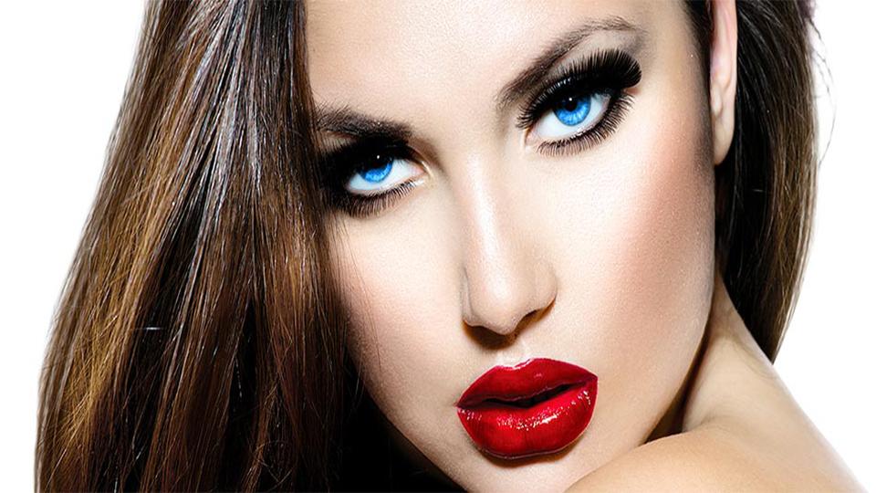 como-aumentar-os-olhos-com-maquiagem-rimel