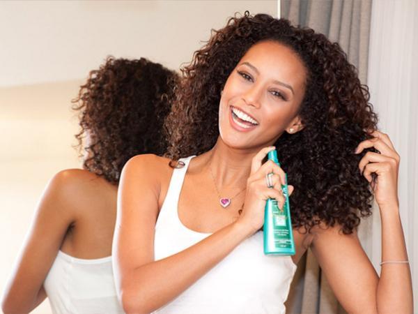 melhores-produtos-para-cabelos-cacheados-ativador-creme-de-pentear