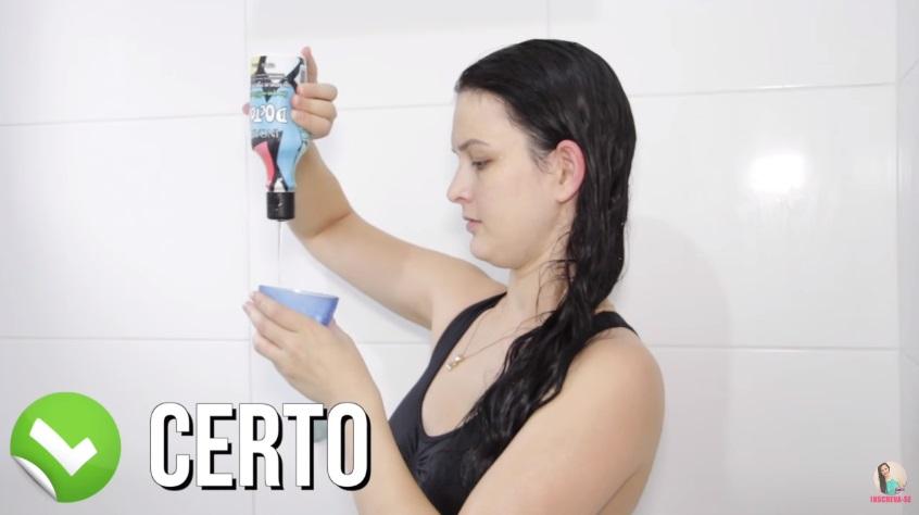 10-erros-que-voce-comete-ao-lavar-os-cabelos-pare-agora-aplicacao