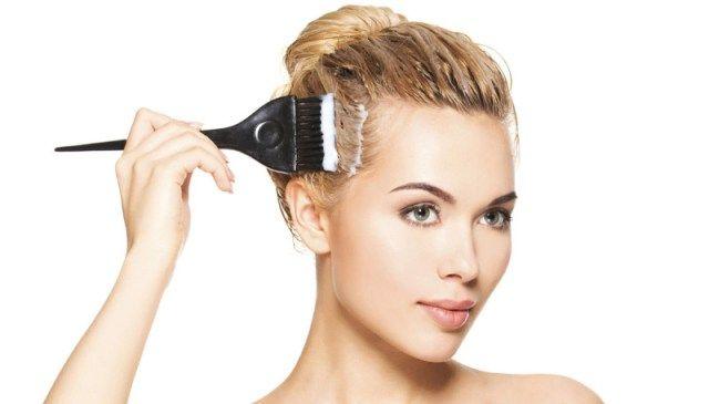 como-deixar-o-cabelo-loiro-mais-hidratado-e-com-brilho-passo-a-passo