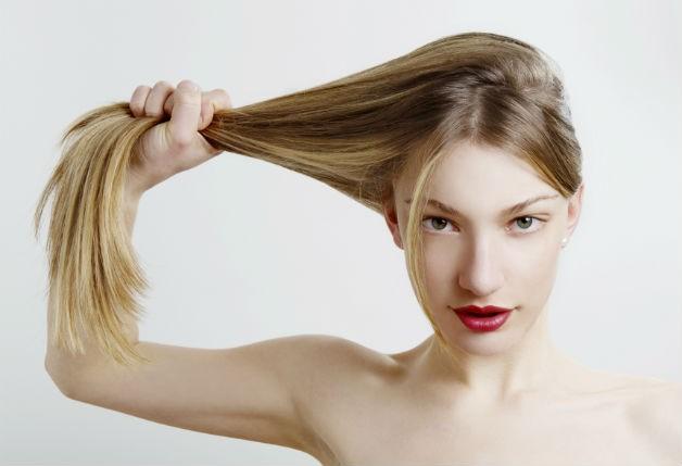 como-deixar-o-cabelo-loiro-mais-hidratado-e-com-brilho-queratina