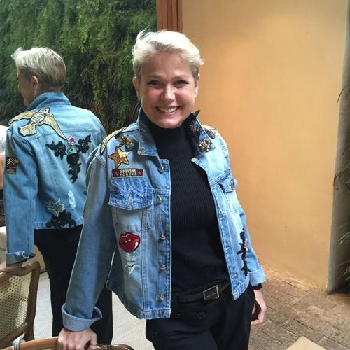 tendencias-de-casacos-femininos-para-o-inverno-2017-jaqueta-jens-xuxa