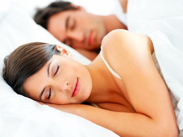 dicas-para-amenizar-e-acabar-com-as-olheiras-dormir-bem