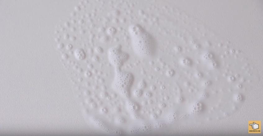 7-truques-incriveis-com-pasta-de-dente-mesa