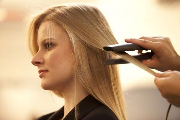 triconodose-nos-no-cabelo-porque-eles-surgem-causas-e-tratamentos-chapinha-excesso