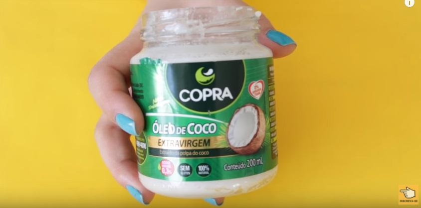 dez-maneiras-de-clarear-os-dentes-em-casa-naturalmente-em-dois-minutos-oleo-de-coco