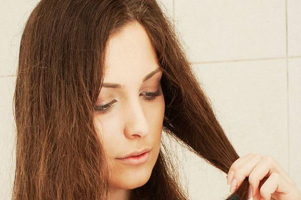 conheca-algumas-situacoes-que-so-quem-tem-cabelo-oleoso-enfrenta-frizz