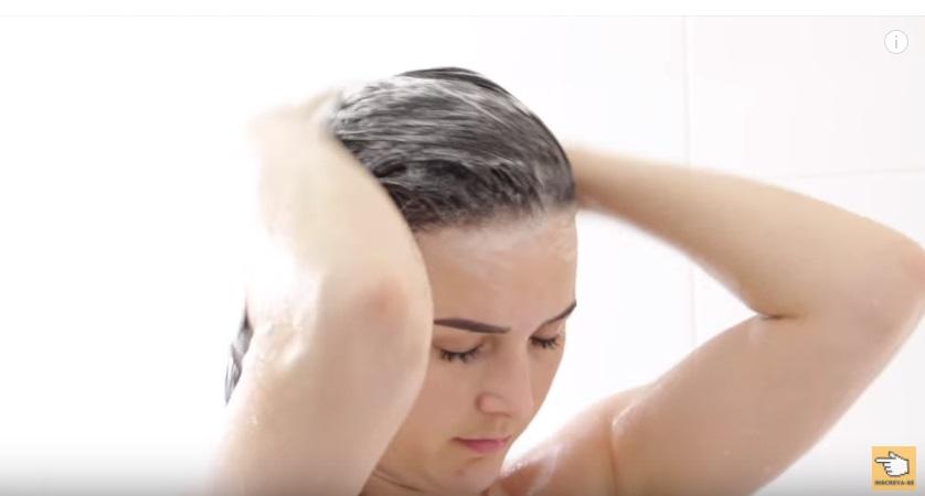 hidratacao-caseira-para-cabelos-com-pontas-espigadas-ressecadas-e-ralas-shampoo