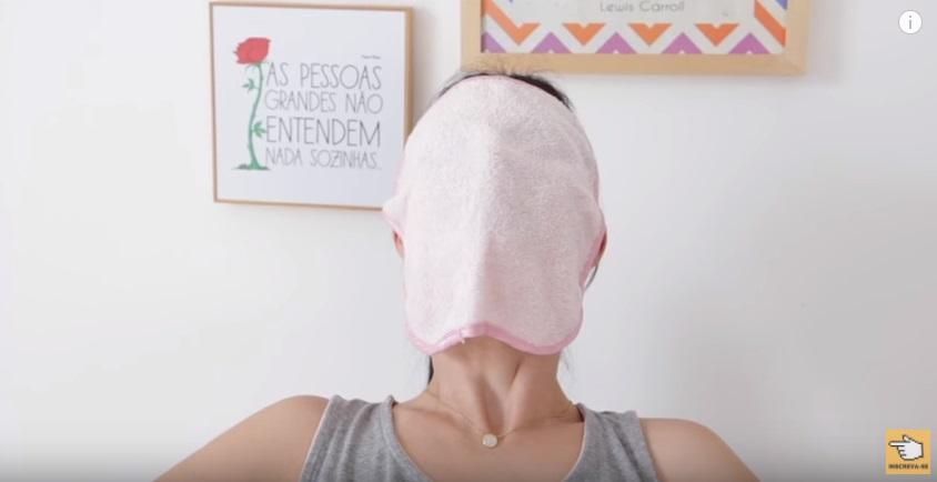spa-em-casa-hidratacao-potente-limpeza-de-pele-esfoliacao-corporal-e-mais-compressa