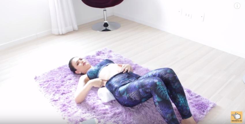 testei-tecnica-japonesa-que-afina-de-6-a-9-cm-de-cintura-em-5-minutos-toalha