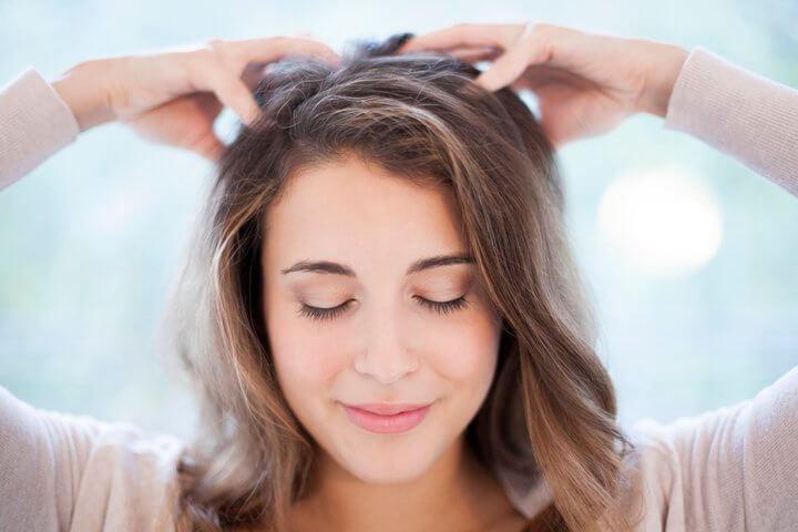 crescimento-acelerado-dos-cabelos-com-oleo-de-babosa-caseiro-passo-a-passo-massagem