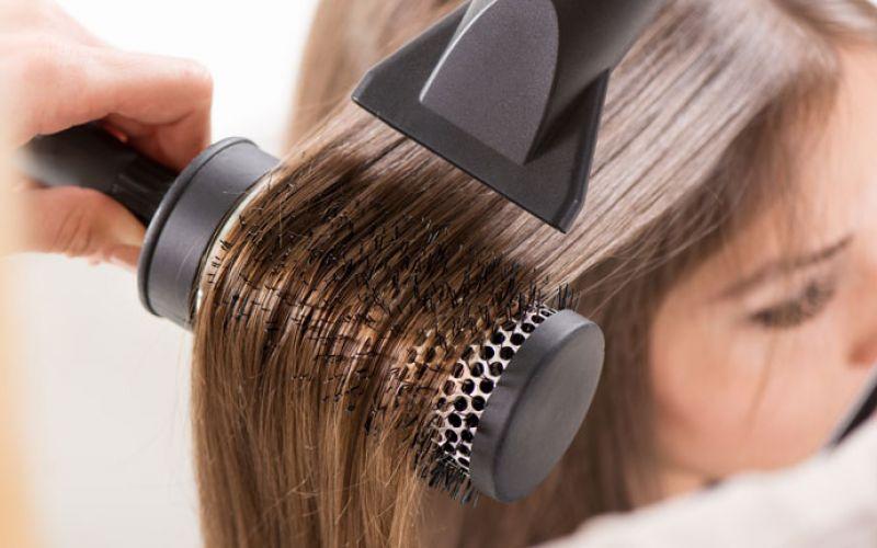 melhores-receitas-para-cabelos-quebradicos-secador-em-excesso