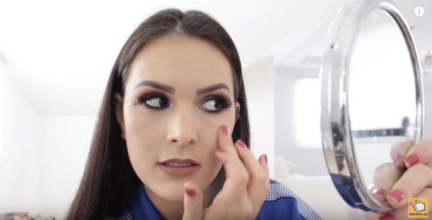 maquiagem-para-a-copa-do-mundo-sera-que-deu-certo-iluminador