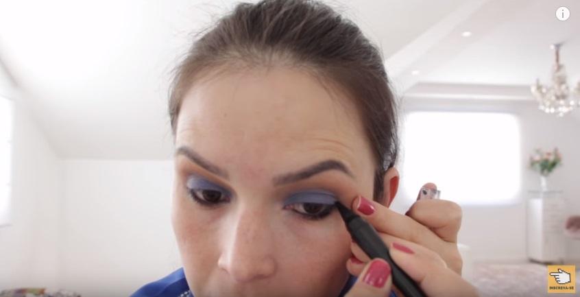 maquiagem-para-a-copa-do-mundo-sera-que-deu-certo-lapis-preto-aplicacao