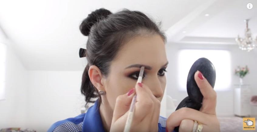 maquiagem-para-a-copa-do-mundo-sera-que-deu-certo-sobrancelha
