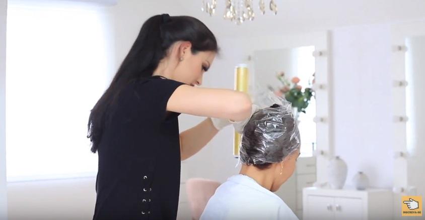 como-fazer-progressiva-nos-cabelos-passo-a-passo-touca
