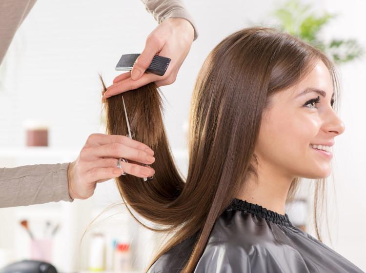 cabelo-com-crescimento-assimetrico-qual-e-o-motivo-dicas-para-igualar-os-fios-corte
