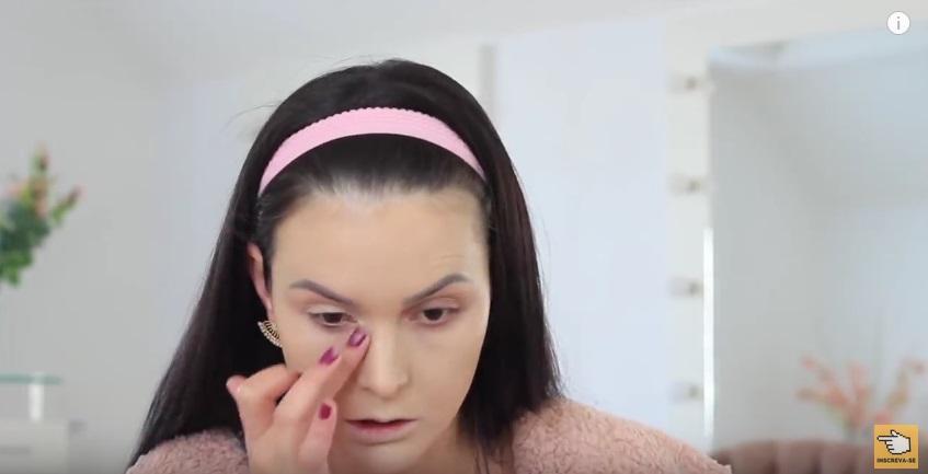 maquiagem-para-iniciantes-a-make-que-eu-mais-uso-na-vida-corretivo-aplicacao