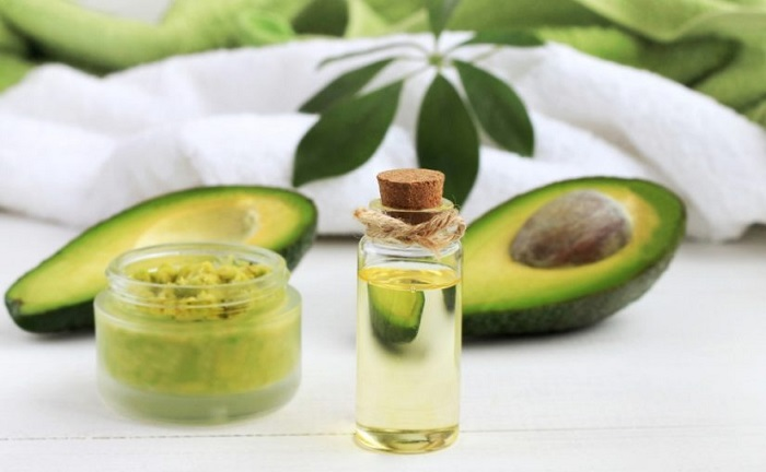 melhores-receitas-caseiras-para-cabelos-ressecados-abacate