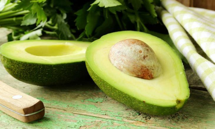 melhores-receitas-caseiras-para-estrias-abacate