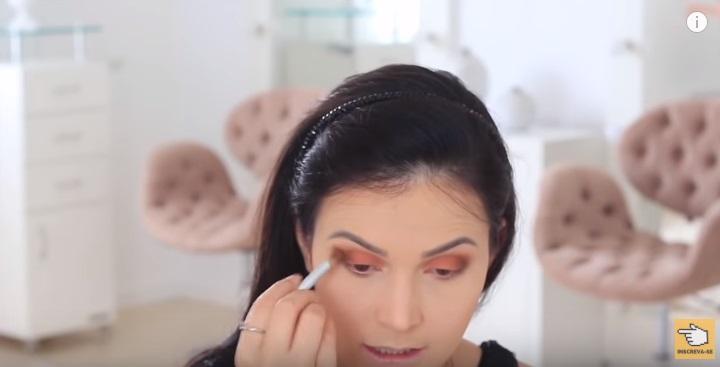 maquiagem-para-iniciantes-2-como-fazer-make-para-noite-festa-marrom-esfumar