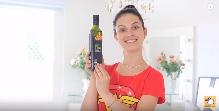 melhor-hidratacao-para-cabelos-com-pontas-ressecadas-duplas-e-espigadas-azeite