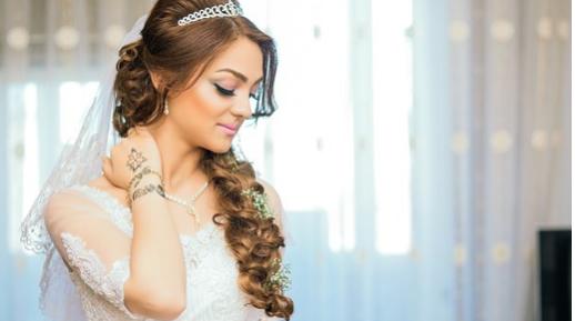 Tendências de penteados para noivas 2019