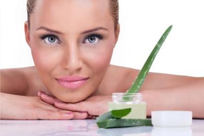 Como fazer limpeza de pele caseira com Babosa