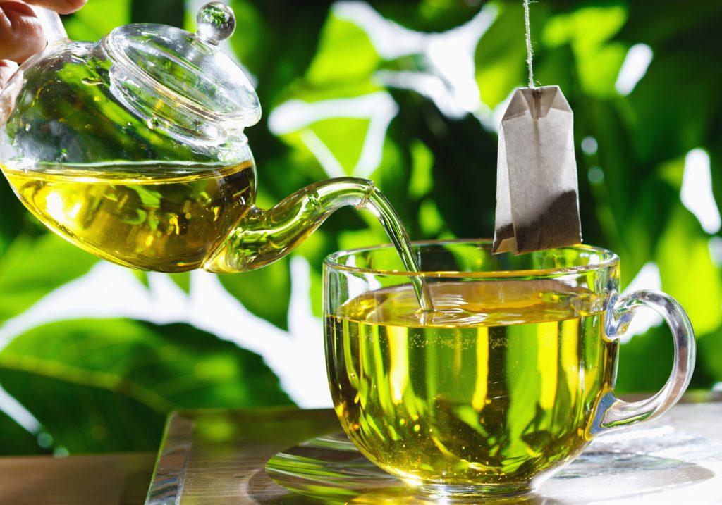 Como tomar o chá verde?