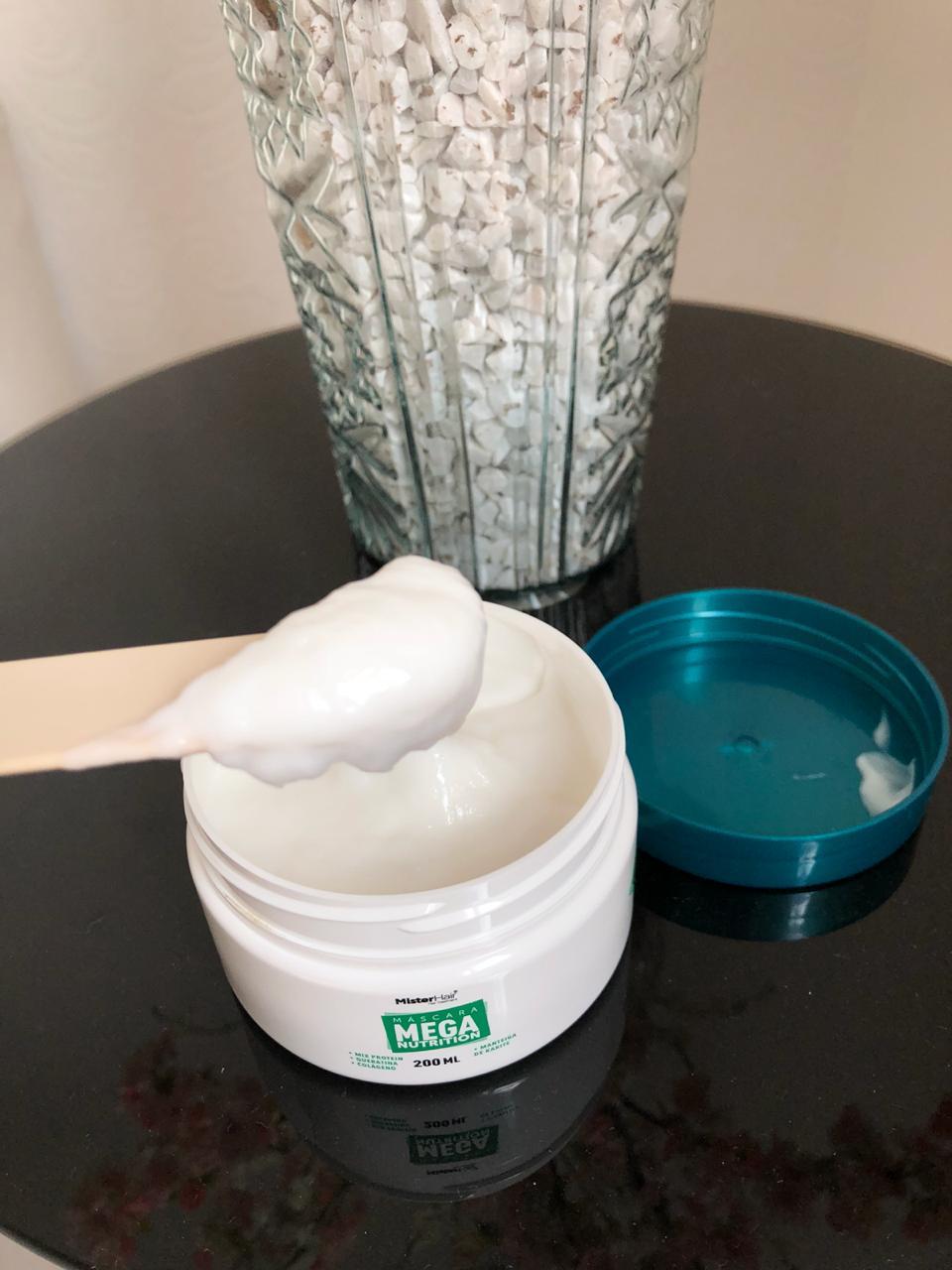 linha-mega-nutrition-da-mister-haire-boa-resenha-mascara-textura