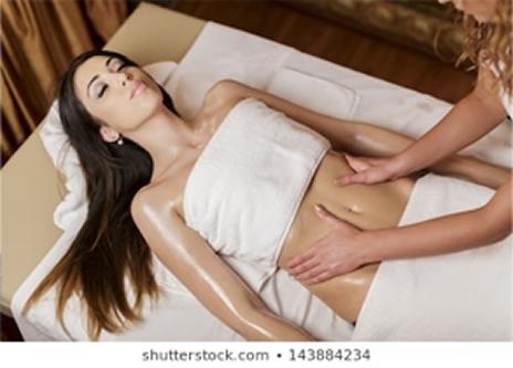 Melhores procedimentos estéticos para barriga - Massagem