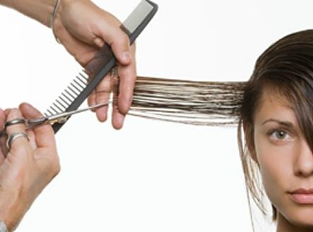 Por-que-meu-cabelo-quebra-as-pontas-8