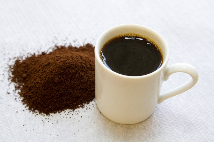como-fazer-hidratacao-com-po-de-cafe-beneficios