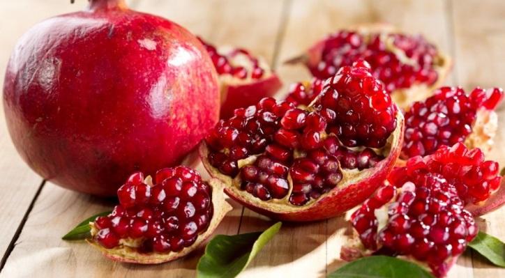 55-benefícios-da-roma-para-cabelo-pele-e-corpo-fruta