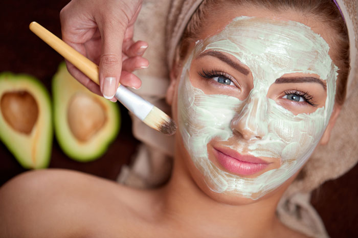 beneficios-do-abacate-para-cabelo-pele-e-corpo-mascara