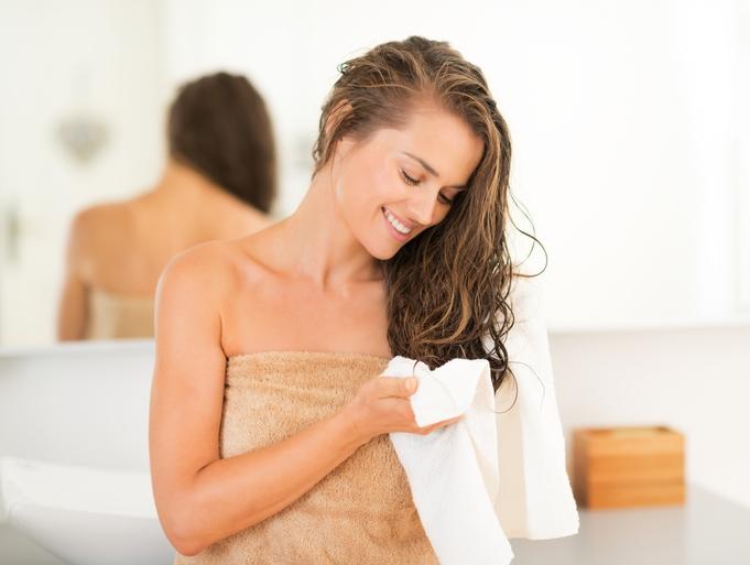 hidratacao-que-sela-as-cuticulas-do-cabelo-toalha