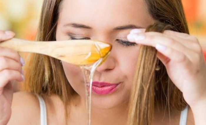 como-usar-mel-no-cabelo-beneficios