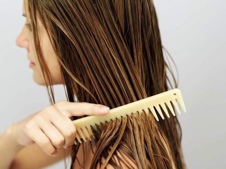 como-usar-o-oleo-certo-para-cada-tipo-de-cabelo-oleoso