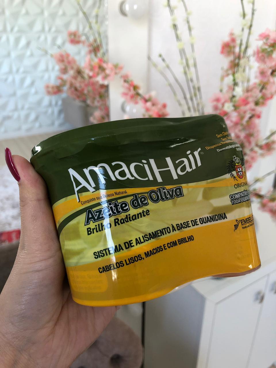 como-relaxar-o-cabelo-com-creme-relaxante-amacihair-da-embelleze-azeite