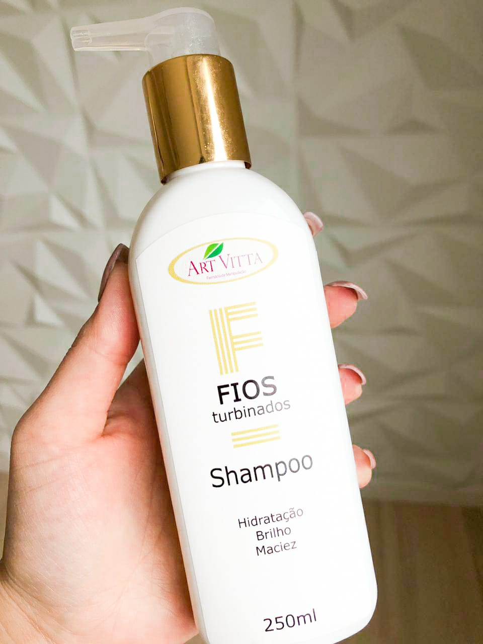 linha-fios-turbinados-da-art-vitta-e-boa-resenha-shampoo