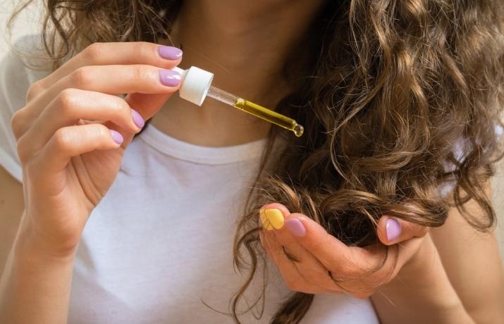 cabelo-opaco-dicas-para-eliminar-a-opacidade-capilar-umectacao